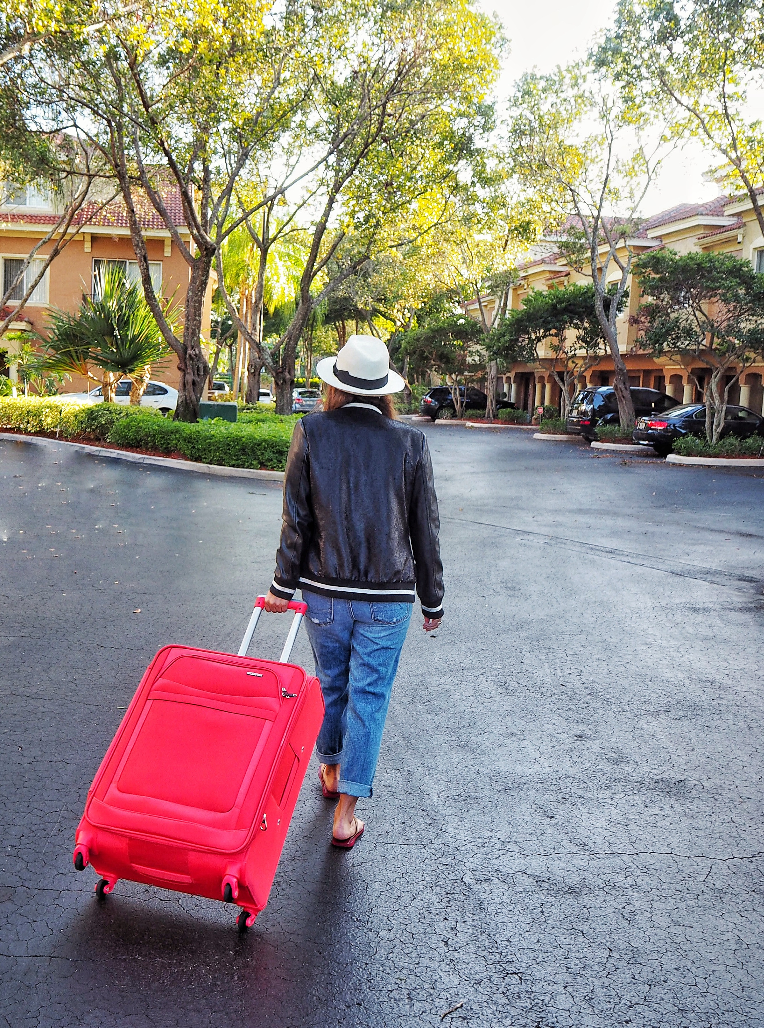 5c8aa8b1b87 Traveling Colorfully With American Tourister - #travelcolorfully